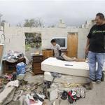 RT @lopezdoriga: #Fotos El paso del huracán Odile por Baja California Sur. Devastador http://t.co/nLnt8XUNSs http://t.co/5AS09j8kjX