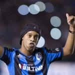 RT @CNNEE: Indignación en México por comentarios racistas de político sobre Ronaldinho http://t.co/JiBjrOaeZz #TodosSomosSimios http://t.co/jnXsdXlMiY