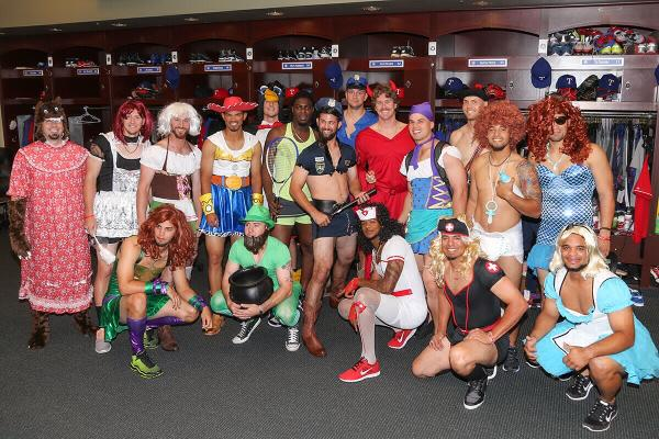 The most amount ever on a rookie dress up trip! #WelcomeToTheShow http://t.co/Ff4Vti62H6