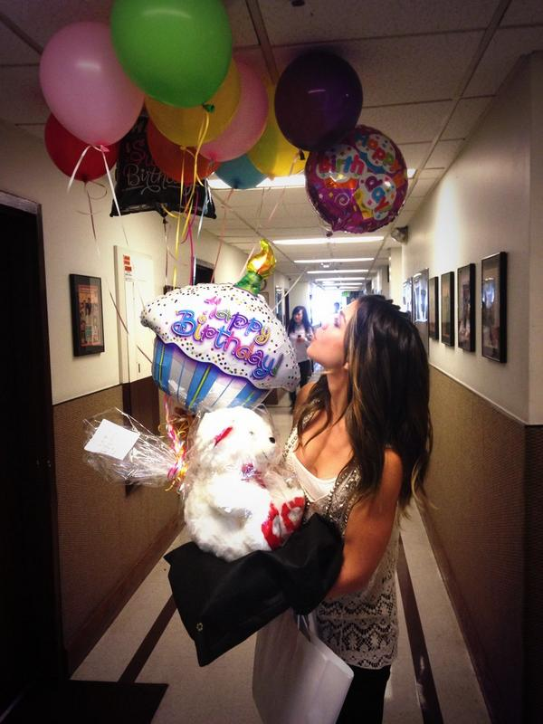 Retweet to wish our birthday girl @KateMansi a very happy birthday! @nbcdays #Days #dool http://t.co/FIE9NKbM7l