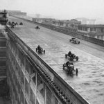 The Lingotto rooftop test track on the Fiat factory in Turin, 1928 http://t.co/JGw30Bfxqy