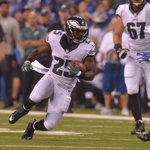 RT @Eagles: END OF Q3: Two electric touchdowns tie up #PHIvsIND at 20. #FlyEaglesFly http://t.co/9xaUjaRnaa