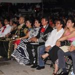 En compañía de mi esposa @rossinarod evento cultural previo a la Ceremonia del Grito de Independencia @betoborge http://t.co/luRaGggURP