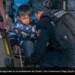 Aparato de seguridad revisa a adultos y #niños que intentan entrar al Zócalo - http://t.co/Ty91ccfew2 … http://t.co/VwycGhXWJp