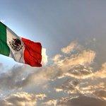 RT @gerislas: En un par de horas a nivel mundial se escuchará el #VivaMexico de esta gran Nación #México http://t.co/pq1zLO9DX1