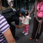 Del 0 al cateo a bebés en el grito de @EPN, ¿qué tan ilegítimo e inseguro se siente su gobierno? http://t.co/RHX76zxS4S