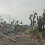 RT @metmex: Comienzan a llegar más imágenes de San José del Cabo, BCS. Crédito Ana Acosta. Huracán #Odile. http://t.co/Ke8HnBzARt