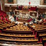 LAssemblée nationale paye 52 épouses, 28 fils et 32 filles de députés http://t.co/NAgyyrBjCZ http://t.co/4oeCCel5UC