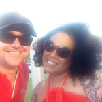 I just met Christine Anu, she is so lovely its mind blowing! #G20TropicalJam http://t.co/dCFCCgMQKj