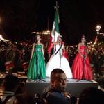 Melisa González Valencia, Señorita América 2014 canta el Himno Nacional. #Oaxaca #TwitterOax http://t.co/WWDSyPcrSa
