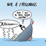 """RT @MsieurLapique: Manuel #Valls """"confiant"""" sur le #VoteDeConfiance : http://t.co/g26mnwbc3M"""