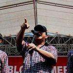 """""""Flashback"""" Saat Prabowo Melamar Ahok, tetapi Kini... http://t.co/YfBU3Q10UH http://t.co/hqfKW2EXCv"""