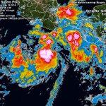 RT @webcamsdemexico: Aviso. Esta madrugada se formó la Tormenta Tropical #Polo en el Pacífico con vientos de 64 km/h y rachas de 80 km/h http://t.co/fsJA2lDfMx