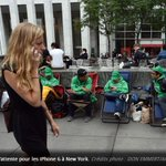 iPhone 6 : 4 millions de précommandes en une journée ! via @Le_Figaro http://t.co/yT2eMxg8OC http://t.co/RUoQSAKvzu