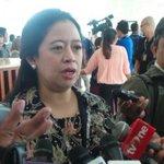 Presidennya sapa sih?RT @kompascom: Kata Puan, Menteri Jokowi Tak Perlu Lepas Jabatan Partai http://t.co/eHFa1I2nzo http://t.co/A4jMuS1RTC