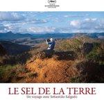 Découvrez laffiche du film LE SEL DE LA TERRE, de Wim Wenders et Juliano Ribeiro Salgado ! Sortie le 15 octobre. http://t.co/GX8CqGKuVi