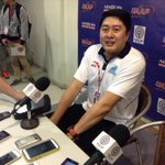 "Adamson coach Kenneth Duremdes finally makes his appearance here in the press room. ""Ganito pala dito!"" #UAAP77 http://t.co/5n9HQw7iDY"