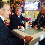 RT @laurensboven: Burgemeesters Amsterdam, Rotterdam, Utrecht kijken troonrede. http://t.co/Ng0VdzmLzV