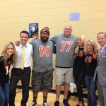 Its a @Bengals day-@GenoSacks is here and later @Bob_Herzog and I will be w/ @BigWhit77_fndn for Learning is Cool! http://t.co/keqLNSECo3