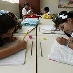 RT @JesusRondonN: Ayer se iniciaron las clases. Las cifras oficiales muestran el descalabro de la educación en #Venezuela http://t.co/suCjQGWc1j