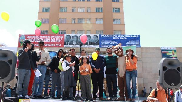 Agredecemos a @ManuPorLaPaz @Pensardiferente @CaeCriales por aceptar el reto #ElecccionesBo http://t.co/SCFyGGEoH8