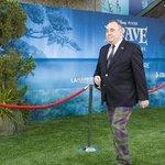 RT @GreentopUK: Mr Alex #Salmond the grass is not always greener the otherside. #Artificialgrass looking good. #Wales http://t.co/97xCKzQyAt