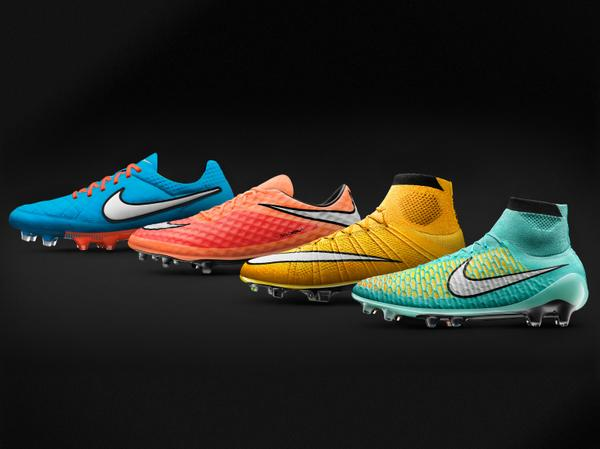 Check out the dazzling @nikefootball boots @WayneRooney & @Ibra_official will wear this season http://t.co/ChGDdoKvSa http://t.co/OCizxE23Re