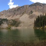 Beautiful hike up to American Lake w/ @annahansen this morning. Best time of year in #Aspen! https://t.co/2OT3g0h3Ly