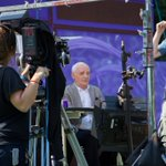 RT @CadburyIreland: Tick Tock! Just half an hour until Dunphy & Giles #FreeTheJoy on @TV3Ireland at 8.30pm, you dont want to miss this! http://t.co/RPISjfozpe