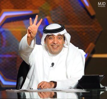 وليد_الفراج# (@waleedalfarraj): صدق رئيس الهلال في حواره الموسم الماضي :  هذا الفريق سيذهب بعيدا في اسيا . . الف مبروك للزعيم وفالكم تكرارها إيابا . http://t.co/YrUR7TpCgf