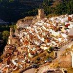 La villa de #AlcaládelJúcar está declarada Conjunto Histórico-Artístico #Albacete http://t.co/D3lAPIcEGA