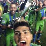 RT @SoundersFC: Champions selfie! #USOC2014 http://t.co/IHAHdYGRIQ