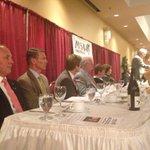 RT @JuLapointeRC: Gallant assis dun bord de la table des dignitaires, Alward de lautre. Graham est au fond de la salle #rcac #votenb http://t.co/yP9so7oQ7K