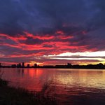 Great sunset tonight, right at the end. #boston @universalhub http://t.co/PWi41lZnS9
