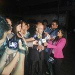 RT @Bandera_Roja: Abogados de @PorHumanidad declaran a los medios esperando frente al Sebin la libertad de @SairamRivas. http://t.co/g7JoYNRqq6