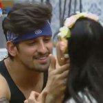 """RT @fazendarecord: Vamos fazer um """"termômetro""""! RT quem curte o casal ???? Leo Rodriguez e Débora Lyra ???? em #AFazenda http://t.co/ixwf4m4z6H"""
