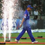 On this day, 3 years ago (2011), the world of cricket bid adieu to a thourough gentleman - Rahul Dravid. http://t.co/d5y8eNEz8S