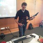 RT @AFouchault: Guitar Hero, Scratch, Mindstorm, Wedo & co sont prêt pour la #Devoxx4Kids #NantesDigitalWeek @NantesTech http://t.co/o3uvhK0uDA