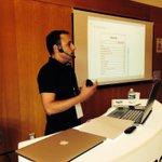 RT @PhilippeRouxB: @GregoireRobin de @AgileGarden présente la technique agile du Backlog pour gérer les projets au #medialabST http://t.co/1zN6B4ZTkQ