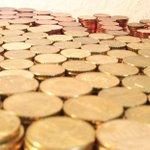 RT @Le_Figaro: #Insolite Fâchée, elle paie ses impôts avec 30kgs de pièces de monnaie http://t.co/lJZaNBzgpK http://t.co/v9SzAbaDwe