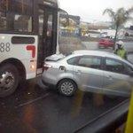 RT @histocar: proximo ao habibs Av Brasil, sentido Penha. Aparentemente s/ferimentos graves, graças a Deus http://t.co/Rd7BSjB688