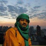 RT @g1: Africano tuaregue conclui mestrado no Brasil sobre a música do Saara http://t.co/UhY9eT1iHk #G1 http://t.co/eUMUGa6jmY