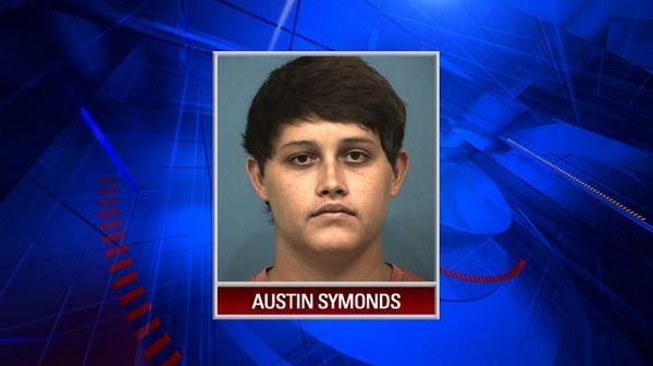 Pizza shop worker arrested for rubbing his testicles on a pizza. http://t.co/wsI7MUPGvh http://t.co/4BHgDr9txA
