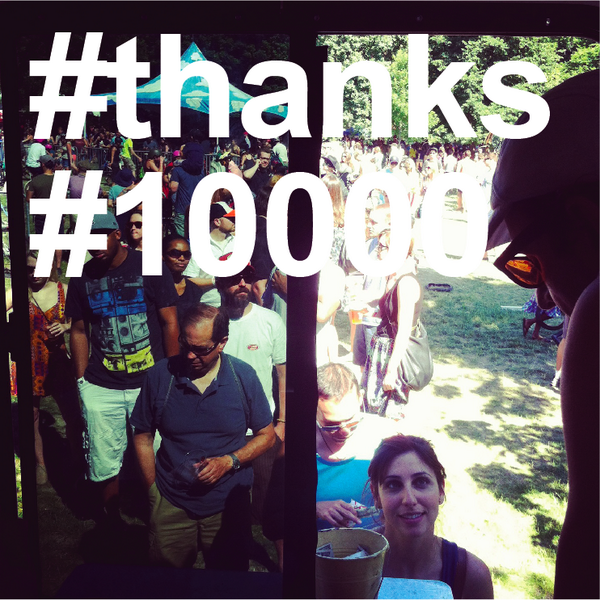 Today $1 empanadas at the truck. #10000followers #thanks http://t.co/4kGI1zsjNg