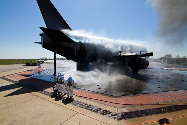 If you see smoke at #DFW today, please do not be alarmed. Fire training exercises are underway http://t.co/l52y4cb0vu http://t.co/7vPOucWxpD