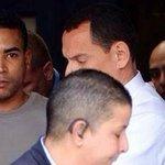 RT @tvnnoticias: Don Omar es arrestado en Puerto Rico. Más en http://t.co/l7sj3rdLKk #Entretenimiento http://t.co/viFeJMLt6z