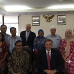 RT @jillbrownhusker: This week @RonnieDGreen visited with the Indonesian Agency for Agricultural Research & Development. #unl #unl24 http://t.co/KQOTKNTTbR