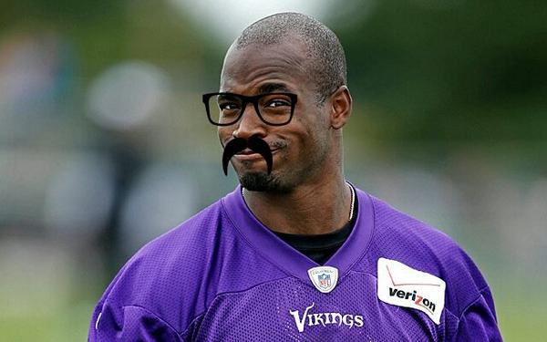 """@FauxJohnMadden: BREAKING: Vikings announce signing of new running back, Jadrian Petersin http://t.co/zsBlhjZLaz""  Off to the waiver wire!"