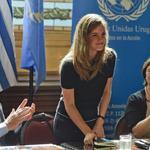 RT @Luces_ECpe: #EmmaWatson pide más mujeres en el poder a su paso por Uruguay ► http://t.co/Rz7lyZX0cq http://t.co/ahYVxIdLSN