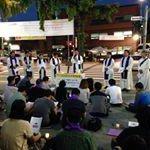 RT @kimsd534: 충북 음성 시민들이십니다. 장하십니다. 청운동사무소앞 세월호 참사 촛불기도회 참여중입니다.(펌) #세월호 http://t.co/MRmRVmfenW